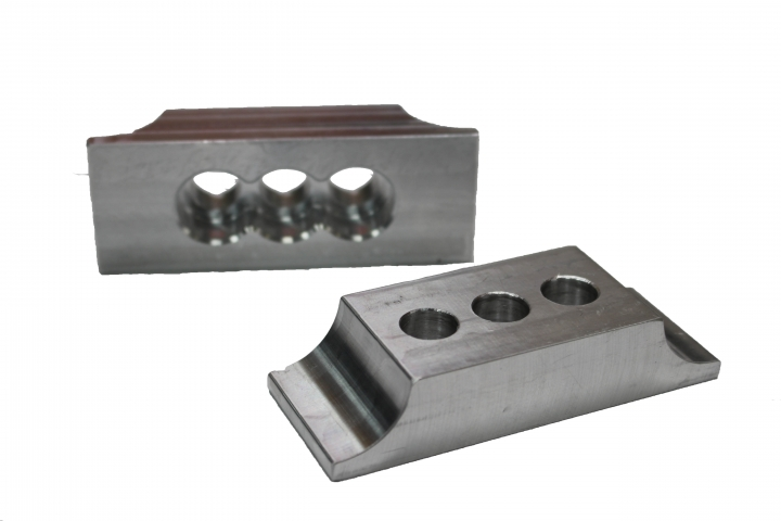 Aluminium engine clamp (3 holes)